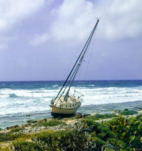 Abandoned yacht on Cozumel