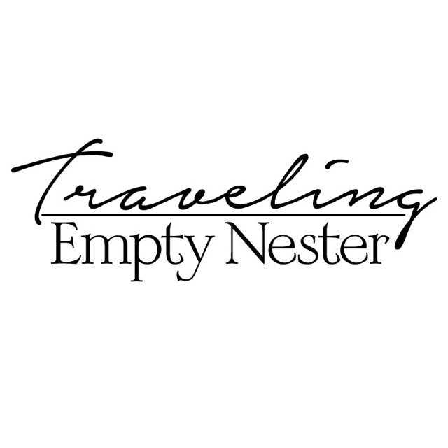 The Traveling Empty Nester Logo